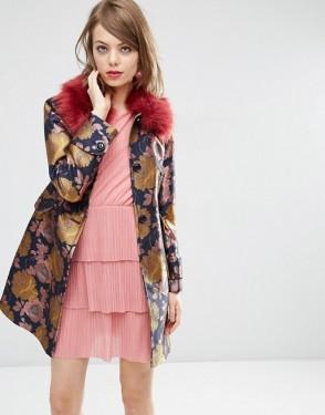 asos-joli-manteau-a-fleurs-avec-col-en-fausse-fourrure-106-99